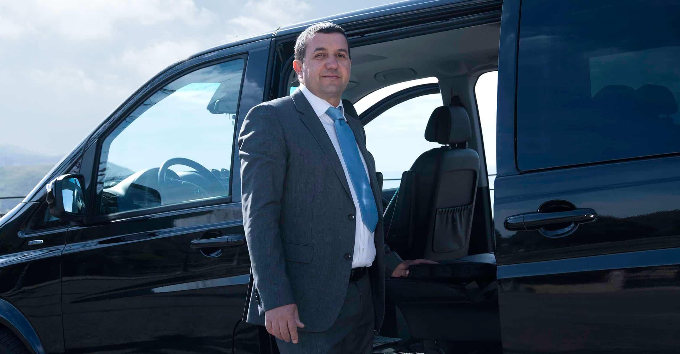High Quality Taxi Service Italy | Chauffeur driver Rome Naples Gaeta, Formia