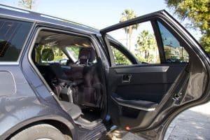 veicolo interno gaeta taxi service 5